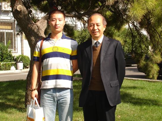 0909批次新生与北京交通大学远程与继续教育学院陈庚院长合影
